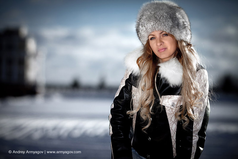 "<B><font size=""2""><a title=""Buy this photo""					href=""http://depositphotos.com/5117442/stock-photo-Portrait-of-the-girl-in-the-winter.html?ref=1000647""					target=""_blank"">купить эту фотографию</a></font></B>"